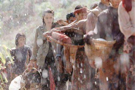 Jenseits aller Grenzen, Beyond Borders (mit Angelina Jolie und Clive Owen)