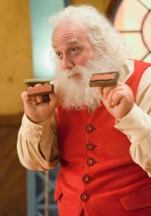 Nicholas Claus (Paul Giamatti)