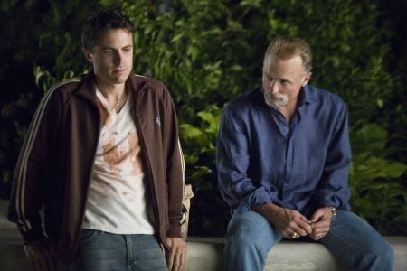 Gone Baby Gone mit Casey Affleck, Morgan Freeman und Ed Harris