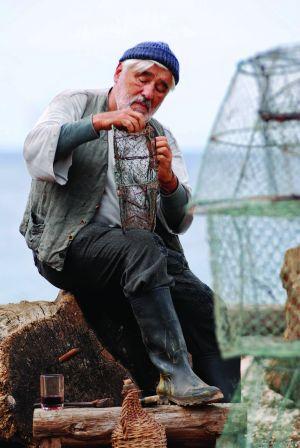 Die rote Zora - mit Mario Adorf als Fischer