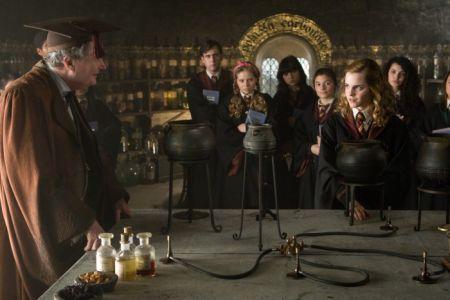 Harry Potter und der Halbblutprinz (mit Jim Broadbent)