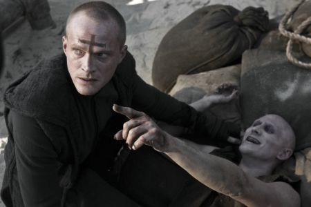 Priest (in 3D) (mit Paul Bettany)